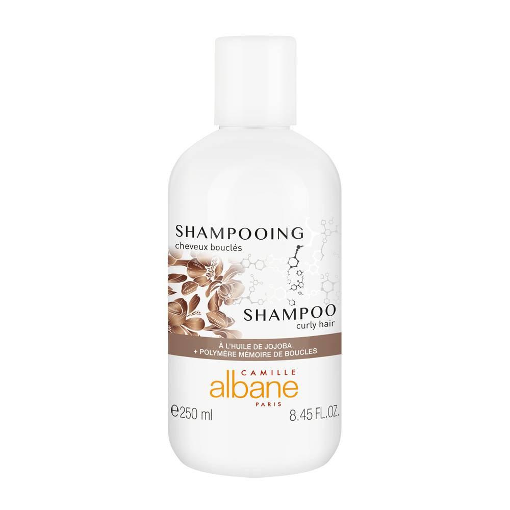 SHAMPOOING cheveux bouclés