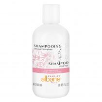 Shampooing cheveux indisciplinés